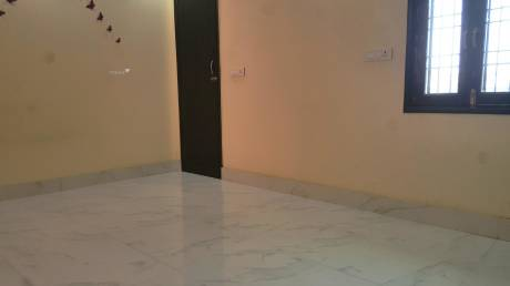 870 sqft, 2 bhk IndependentHouse in Builder Project Jain Road, Delhi at Rs. 12500