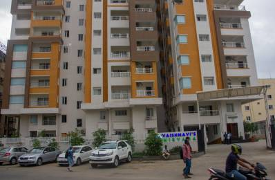 2000 sqft, 3 bhk Apartment in Builder Project Image Hospital Road, Hyderabad at Rs. 55000