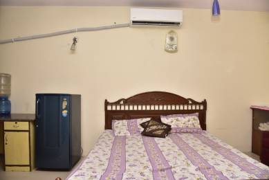 500 sqft, 1 bhk Apartment in Builder Project Greater kailash enclave II, Delhi at Rs. 25000