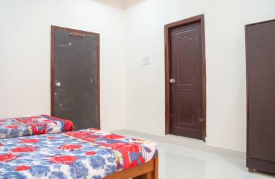 220 sqft, 1 bhk Apartment in Builder Project VIP Hills, Hyderabad at Rs. 15000