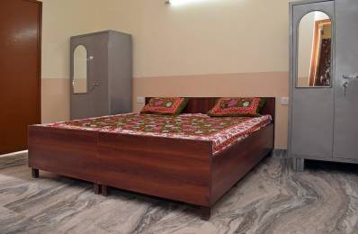 1000 sqft, 1 bhk IndependentHouse in Builder Project Sector-57 Gurgaon, Gurgaon at Rs. 11300