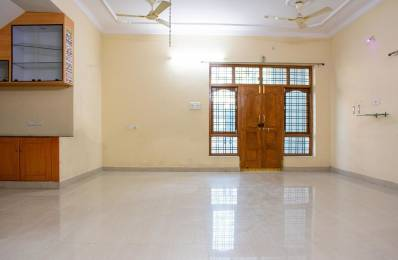 2600 sqft, 4 bhk IndependentHouse in Builder Project KPR Colony, Hyderabad at Rs. 33000