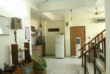 2000 sqft, 2 bhk BuilderFloor in Ansal Sushant Estate Sector 52, Gurgaon at Rs. 22000