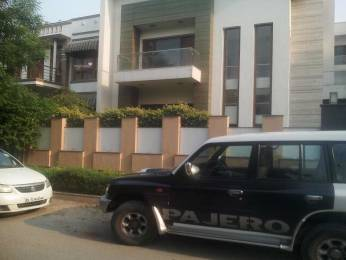 3229 sqft, 3 bhk IndependentHouse in Builder billa house Sector 31, Noida at Rs. 4.0150 Cr