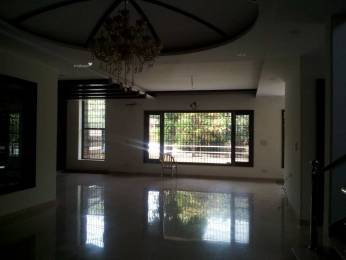 1850 sqft, 3 bhk Apartment in Builder Project Sector 37, Noida at Rs. 25000