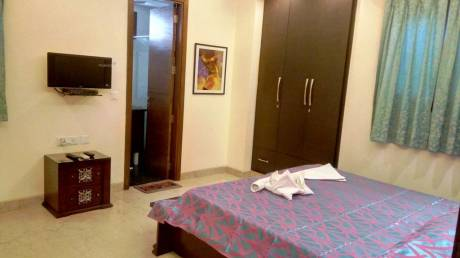 400 sqft, 1 bhk Apartment in Builder Project Sector 30, Noida at Rs. 12000