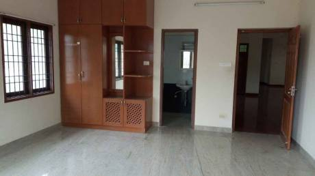 2700 sqft, 4 bhk Apartment in Builder Project Alwarpet, Chennai at Rs. 65000
