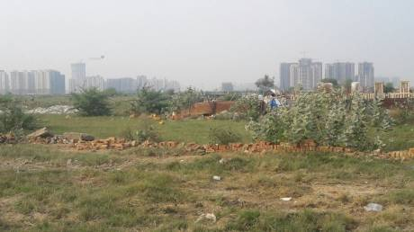 450 sqft, Plot in Lotus Arena 7 Sector 79, Noida at Rs. 7.5000 Lacs