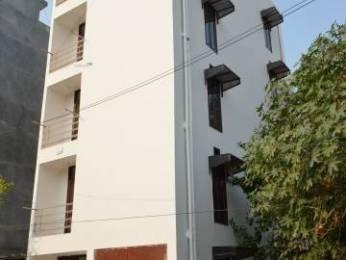450 sqft, 1 bhk BuilderFloor in Laxmi Apartments DLF Ankur Vihar, Ghaziabad at Rs. 11.0000 Lacs