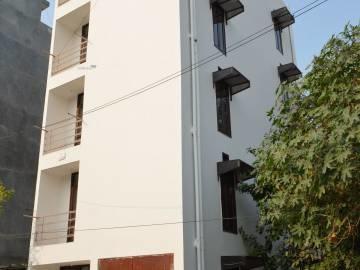 900 sqft, 3 bhk Apartment in Prime Apartment 2 DLF Ankur Vihar, Ghaziabad at Rs. 22.0000 Lacs