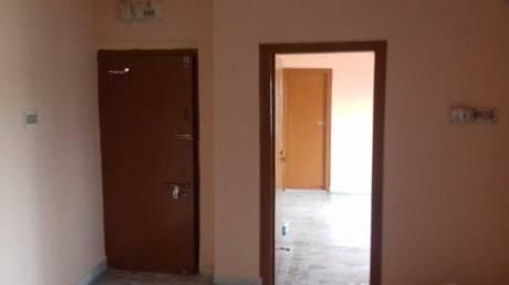 750 sqft, 2 bhk Apartment in Builder Project VIP Nagar, Kolkata at Rs. 8500