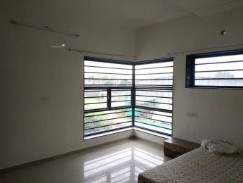 2250 sqft, 3 bhk Villa in Builder Shaligram bunglow Thaltej, Ahmedabad at Rs. 45000