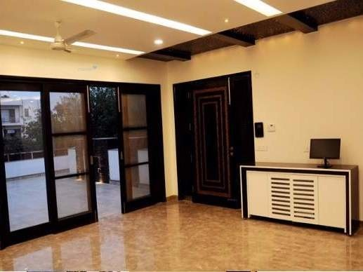 6240 sqft, 4 bhk Villa in Unitech The World Spa South Sector-30 Gurgaon, Gurgaon at Rs. 1.5000 Lacs