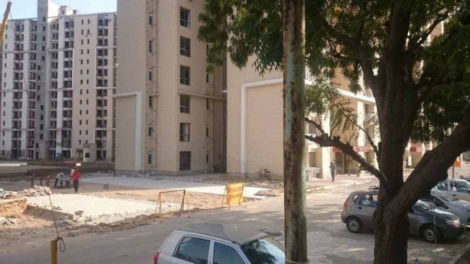 1389 sqft, 3 bhk Apartment in Unitech Uniworld Gardens 2 Sector 47, Gurgaon at Rs. 27000