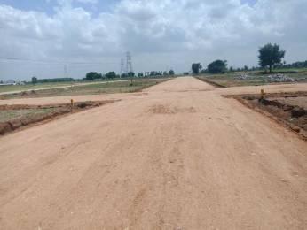 1350 sqft, Plot in Builder amaravathi thulluru crda layout mothadaka Amaravathi, Vijayawada at Rs. 15.0000 Lacs