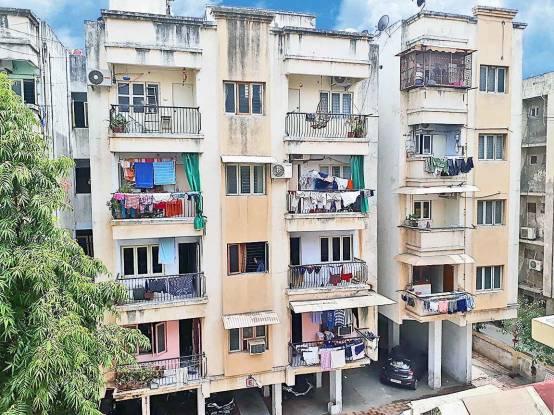 1125 sqft, 3 bhk Apartment in Builder Siddhi Darshan Apartment Prahlad Nagar, Ahmedabad at Rs. 60.0000 Lacs
