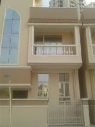810 sqft, 2 bhk Villa in Supertech Up Country Apartments Sector 17A, Greater Noida at Rs. 15000