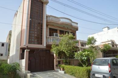 1600 sqft, 2 bhk IndependentHouse in Builder Project Sector 10A, Gurgaon at Rs. 15000