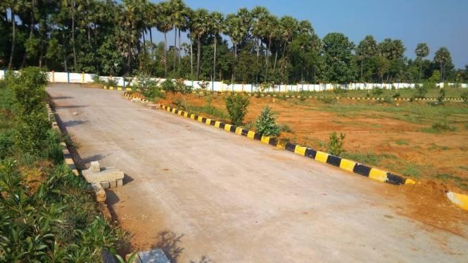 540 sqft, Plot in Swathi Neeladhri Township Bhogapuram, Visakhapatnam at Rs. 5.0000 Lacs