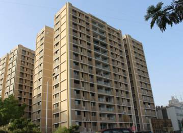 2500 sqft, 3 bhk Apartment in Advance Le Jardin Ellisbridge, Ahmedabad at Rs. 40000