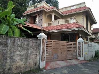 2000 sqft, 4 bhk IndependentHouse in Builder Project Chembumukku, Kochi at Rs. 25000