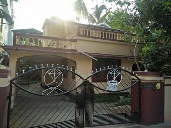 1500 sqft, 4 bhk IndependentHouse in Builder Project Chembumukku, Kochi at Rs. 15000