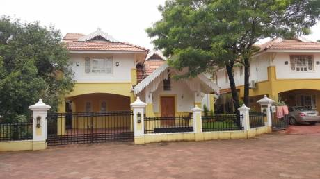 3000 sqft, 4 bhk Villa in Builder Project Padivattom, Kochi at Rs. 35000