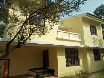 2000 sqft, 3 bhk IndependentHouse in Builder Project Alinchuvadu, Kochi at Rs. 18000