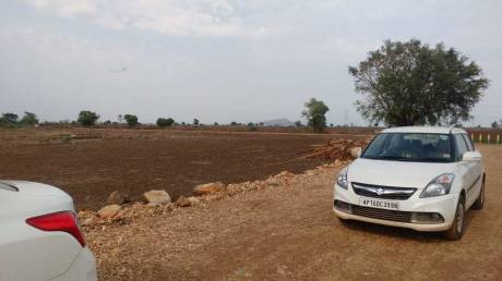 1800 sqft, Plot in Builder thulluru dagara best plots Autonagar Road, Vijayawada at Rs. 8.0000 Lacs
