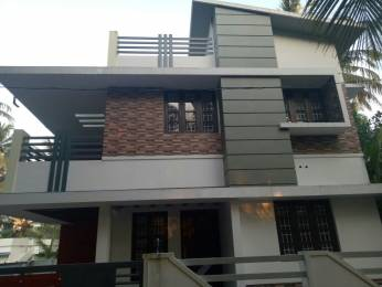 1500 sqft, 3 bhk IndependentHouse in Builder Project Maradu, Kochi at Rs. 75.0000 Lacs