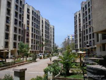 900 sqft, 2 bhk Apartment in Builder Project Dombivli (West), Mumbai at Rs. 10000