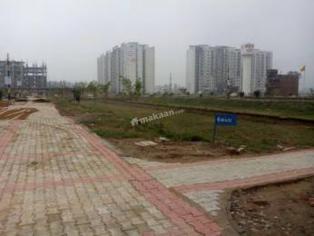 Freehold Residential Plot available with Vaastu Compliance & Security Facility