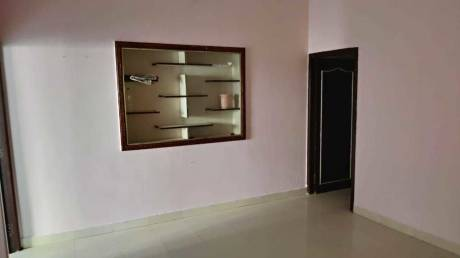 600 sqft, 1 bhk Apartment in Builder Project Palavakkam, Chennai at Rs. 15000