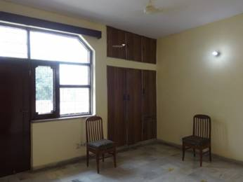 1800 sqft, 2 bhk Apartment in Builder Project Sector 19, Noida at Rs. 25000