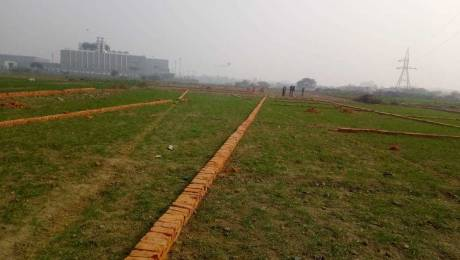540 sqft, Plot in Builder Project Sector 101, Noida at Rs. 8.4000 Lacs