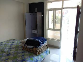 1075 sqft, 2 bhk Apartment in Builder Project Sector 34, Noida at Rs. 25000