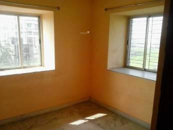 700 sqft, 2 bhk Apartment in Builder Project Nayabad, Kolkata at Rs. 9000