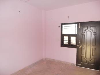 670 sqft, 2 bhk BuilderFloor in Builder Project Vishnu Garden, Delhi at Rs. 12000